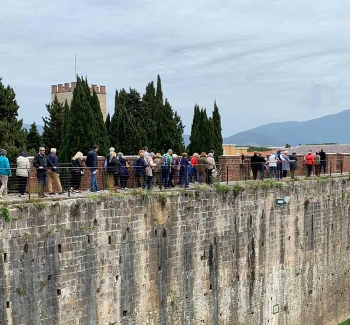 Camminata sulle mura Torre della Porta del Leone