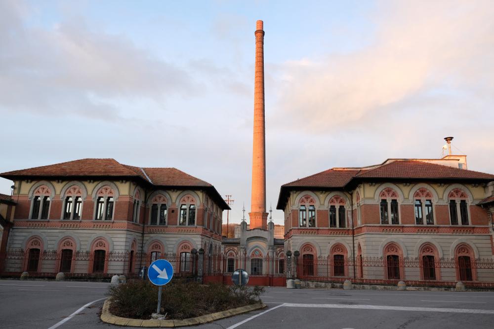 Piazza villaggio Crispi D'adda Bergamo