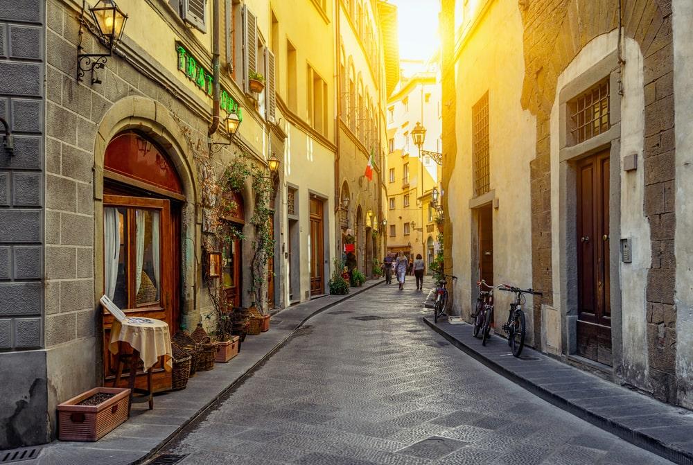 Firenze scorcio di una via