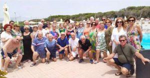 Salerno, gruppo di soci al mare