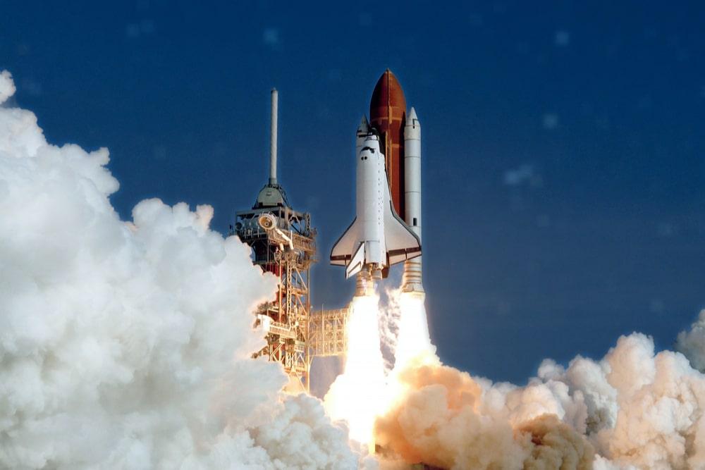 Uno shuttle in partenza per lo spazio