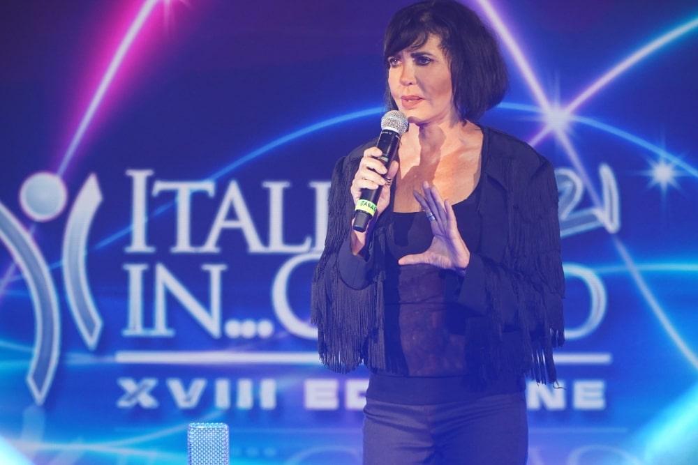 Fiordaliso sul palco di Italia In...Canto